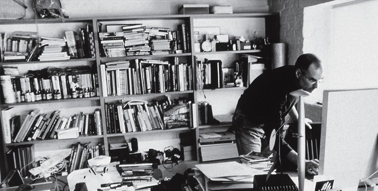 Messiness helps Creativity- Steve Jobs messy home office